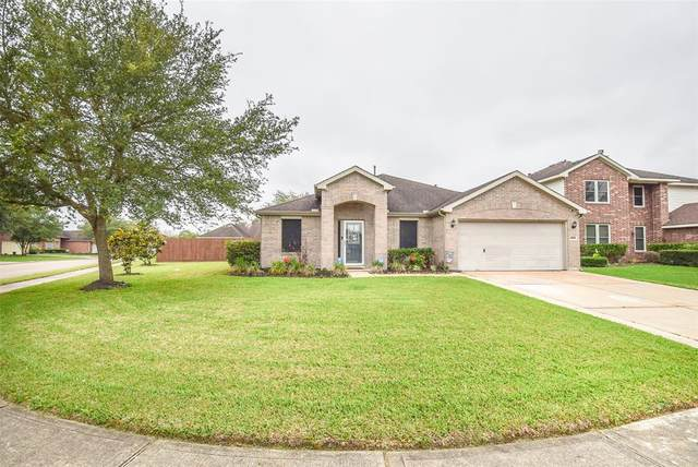 559 Small Cedar Drive, League City, TX 77573 (MLS #64834155) :: Texas Home Shop Realty