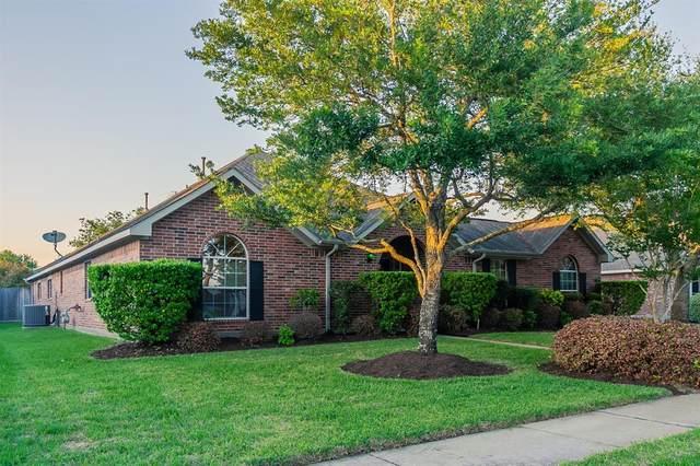 11311 Freestone Avenue, Pearland, TX 77584 (MLS #64946405) :: The Home Branch