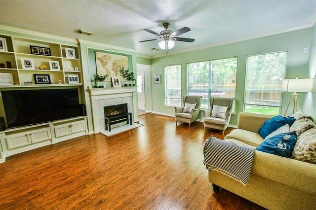 22 Lamps Glow Pl Place, The Woodlands, TX 77382 (MLS #65028641) :: The Freund Group