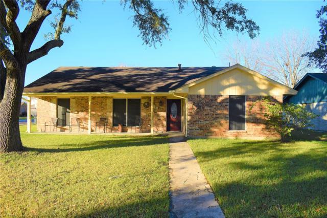 908 Sunnybrook Lane, Baytown, TX 77521 (MLS #65066662) :: The Kevin Allen Jones Home Team