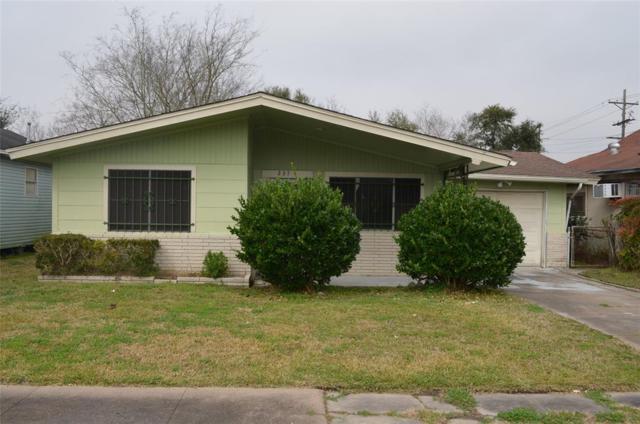 237 11th Street, Port Arthur, TX 77640 (MLS #65090266) :: The Heyl Group at Keller Williams