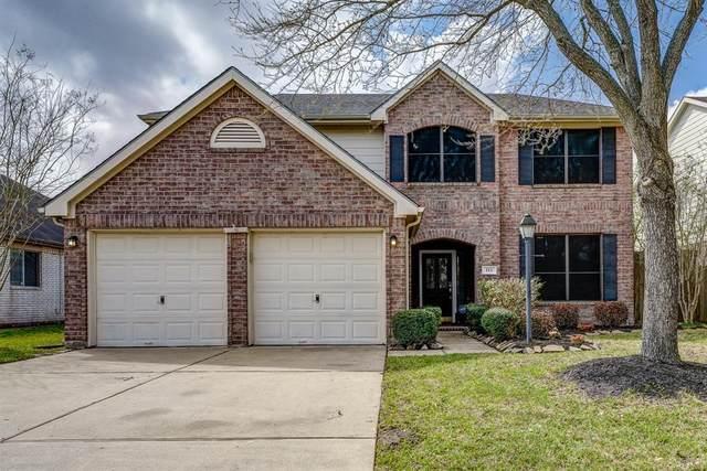 111 Cedar Branch Drive, League City, TX 77573 (MLS #65118580) :: Ellison Real Estate Team