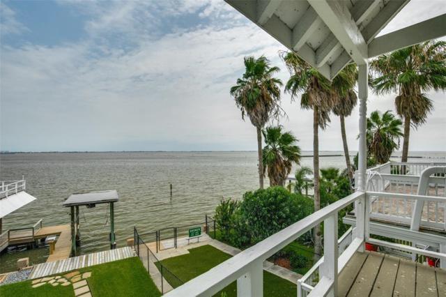 7 Tiki Circle, Tiki Island, TX 77554 (MLS #65126944) :: Giorgi Real Estate Group