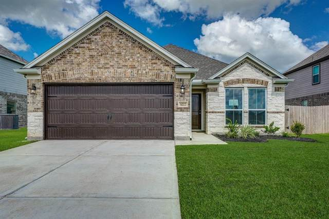 3222 Owl Hollow Drive, Rosenberg, TX 77471 (MLS #65171881) :: All Cities USA Realty