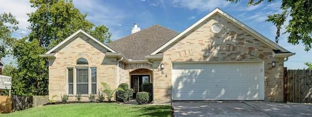 306 Oakdale Street, Shoreacres, TX 77571 (MLS #65172287) :: Guevara Backman