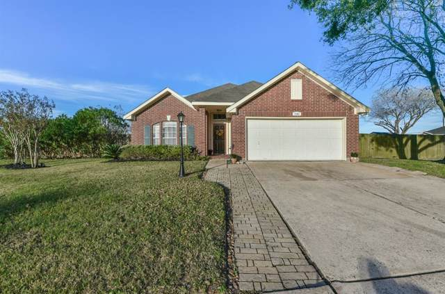 1101 Camelot Lane, Pearland, TX 77581 (MLS #65241256) :: Texas Home Shop Realty