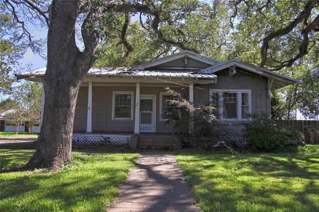 207 W Kay Street, Dayton, TX 77535 (MLS #65432839) :: Michele Harmon Team