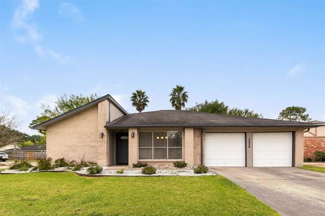 2426 Farriers Bend Drive, Friendswood, TX 77546 (MLS #65493699) :: The SOLD by George Team