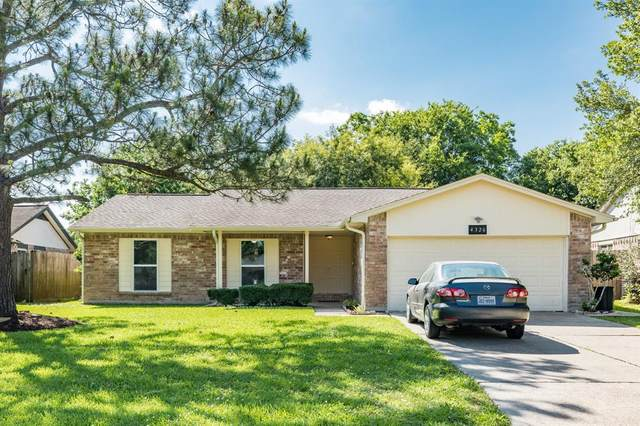 4326 Saffron Lane, Friendswood, TX 77546 (MLS #65543882) :: Bay Area Elite Properties