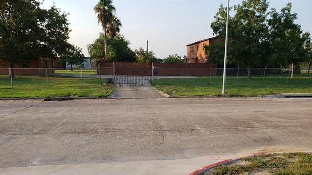 10110 Belknap Road, Sugar Land, TX 77498 (MLS #65593111) :: Christy Buck Team