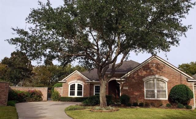 7223 Windwood Court, Sugar Land, TX 77479 (MLS #65606063) :: Caskey Realty