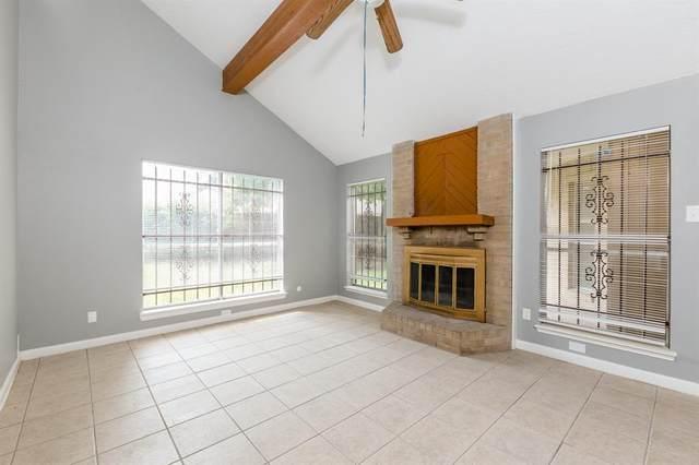 6807 Pouter Drive, Houston, TX 77083 (MLS #65655904) :: Bray Real Estate Group