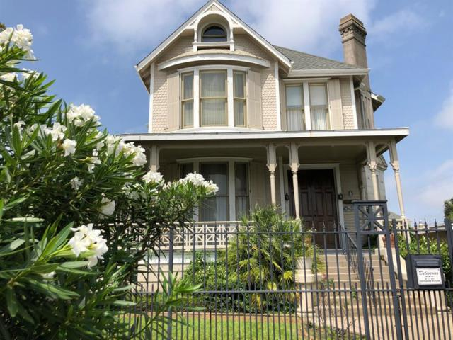 1919 37th Street, Galveston, TX 77550 (MLS #65692407) :: Texas Home Shop Realty