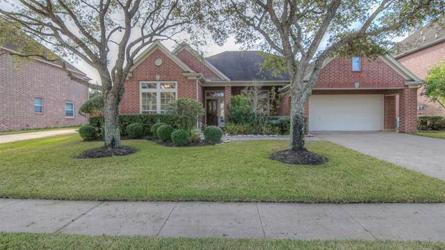 2014 Waters Edge Court, Pearland, TX 77584 (MLS #6576059) :: Christy Buck Team