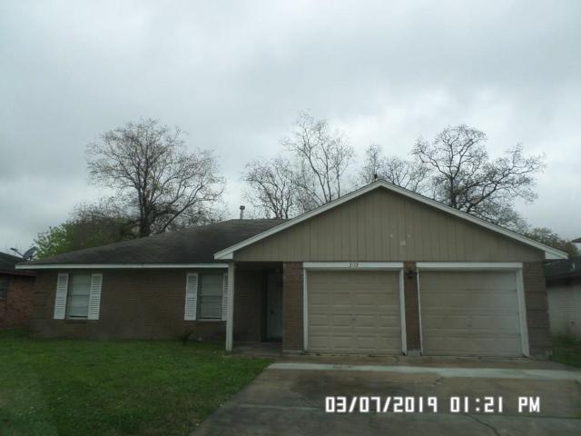 3113 Royal Street, Baytown, TX 77521 (MLS #65807157) :: Texas Home Shop Realty