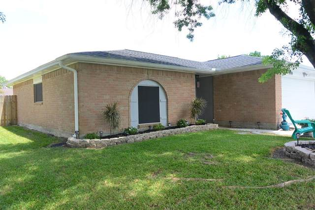 4918 Valley View Drive, La Porte, TX 77571 (MLS #65944247) :: The SOLD by George Team