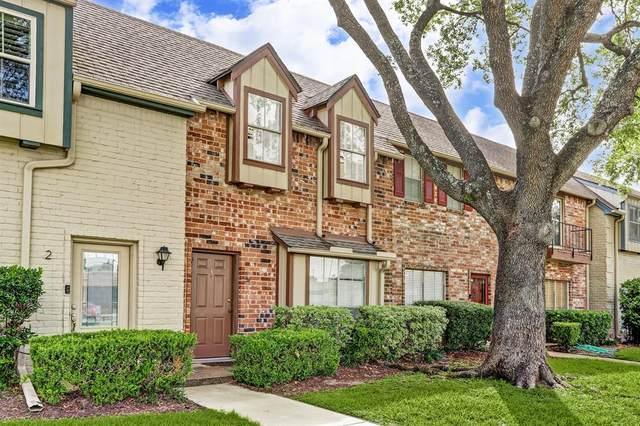 14703 Barryknoll Lane #3, Houston, TX 77079 (MLS #65975266) :: Green Residential