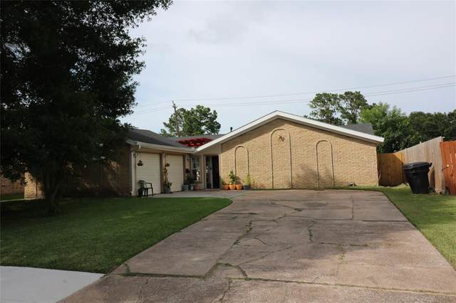 11111 Sageview Drive, Houston, TX 77089 (MLS #65989443) :: The Property Guys