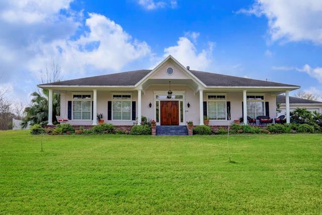 215 Oakdale Street, Shoreacres, TX 77571 (MLS #66022393) :: Caskey Realty