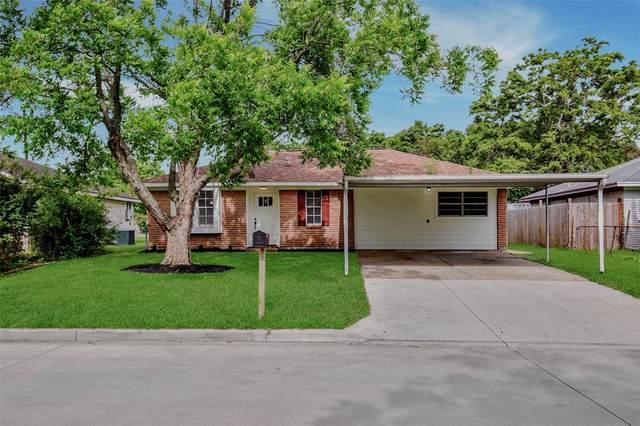 5321 Crestmont Street, Baytown, TX 77521 (MLS #66068032) :: Bray Real Estate Group