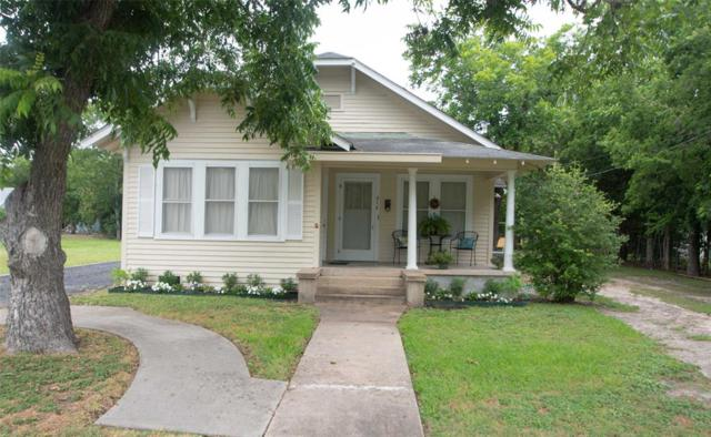 614 E Courthouse Street, Cuero, TX 77954 (MLS #66106041) :: The SOLD by George Team