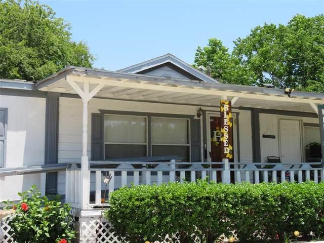 806 W 5th Street, El Campo, TX 77437 (MLS #66228962) :: Christy Buck Team