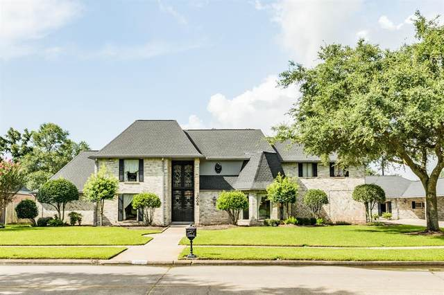 3009 Green Tee Drive, Pearland, TX 77581 (#66335670) :: ORO Realty