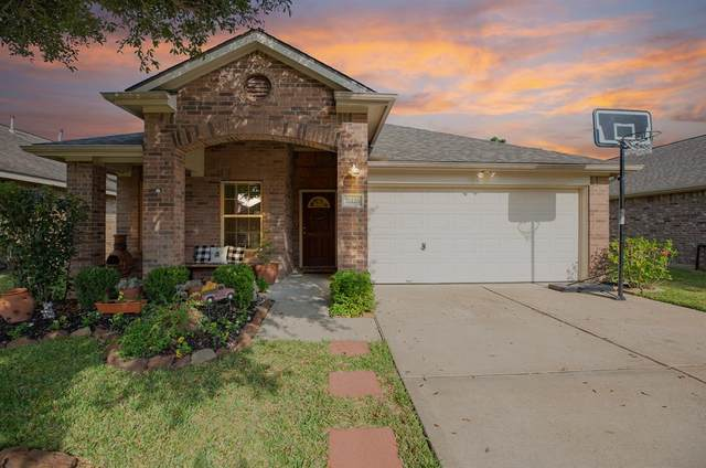 26126 Travis Brook Drive, Richmond, TX 77406 (MLS #66428383) :: The Freund Group