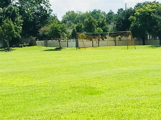218 Fairwood Springs Lane, Richmond, TX 77406 (MLS #6646136) :: The Heyl Group at Keller Williams