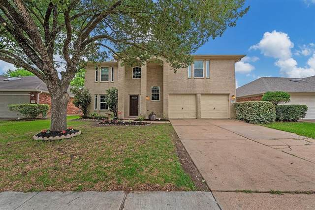 4906 Linden Place, Pearland, TX 77584 (#66576719) :: ORO Realty