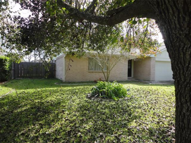 315 Tanglewood Drive, Friendswood, TX 77546 (MLS #66590124) :: The SOLD by George Team