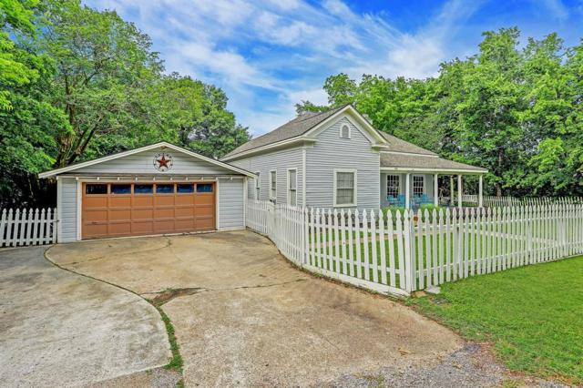 708 College Street, Montgomery, TX 77356 (MLS #66637534) :: Texas Home Shop Realty