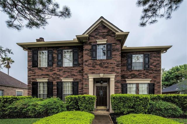 6731 Flowermound Drive, Sugar Land, TX 77479 (MLS #66742358) :: The Sansone Group