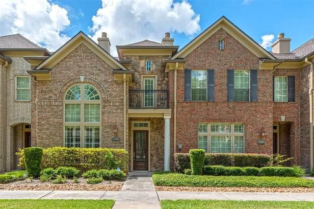 1028 Memorial Village Drive, Houston, TX 77024 (MLS #66748892) :: Michele Harmon Team
