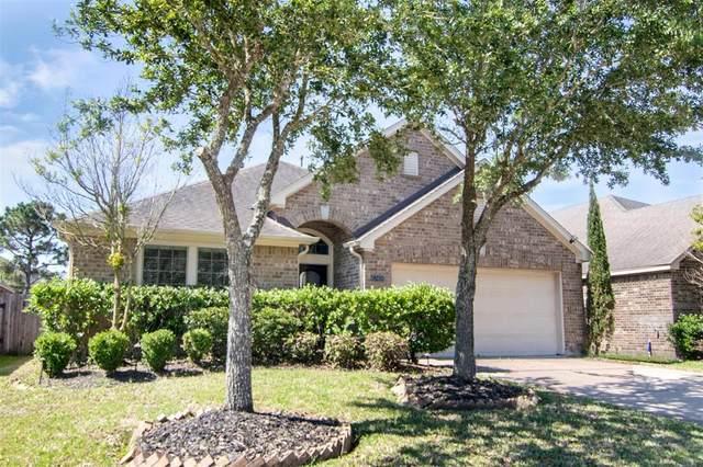13408 Moonlit Lake Lane, Pearland, TX 77584 (MLS #66767199) :: Christy Buck Team