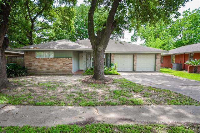 4915 Hialeah Drive, Houston, TX 77092 (MLS #66791886) :: The SOLD by George Team