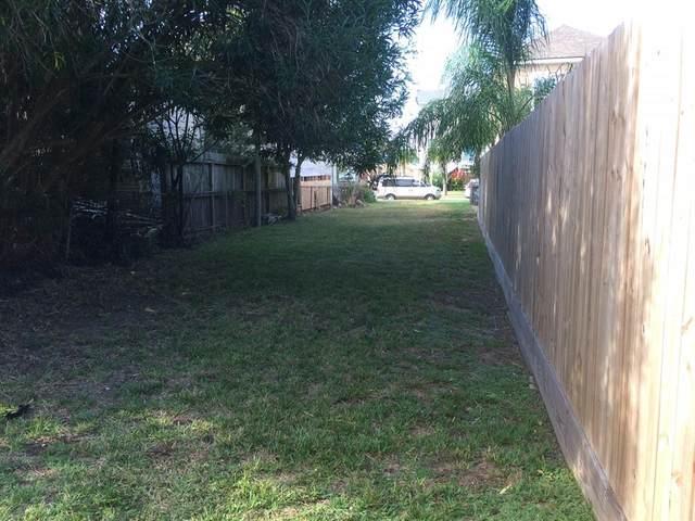 1107 Avenue K, Galveston, TX 77550 (MLS #66891605) :: The Sansone Group