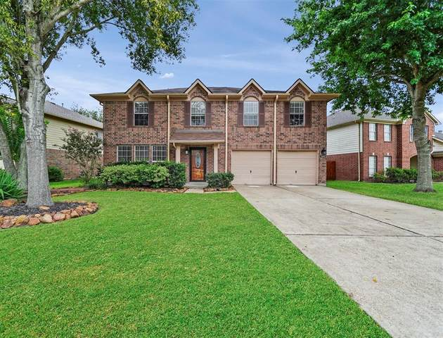 1906 Village Court Lane, Rosenberg, TX 77471 (MLS #66972025) :: Lerner Realty Solutions