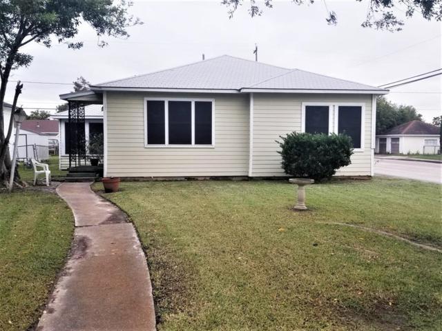 1102 W 8th Street, Freeport, TX 77541 (MLS #6699115) :: Texas Home Shop Realty