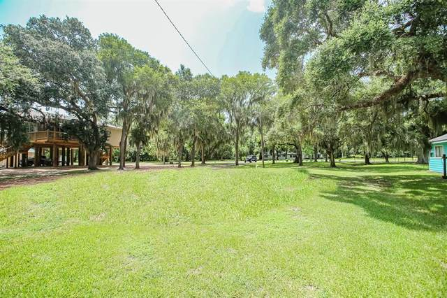 410 County Road 297, Sargent, TX 77414 (MLS #67037253) :: The Property Guys
