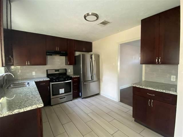 5213 Higgins Street, Houston, TX 77033 (MLS #67122410) :: Keller Williams Realty