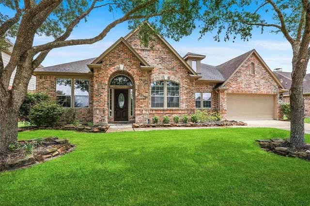 5415 Magnolia Green Lane, League City, TX 77573 (MLS #67184422) :: Rachel Lee Realtor
