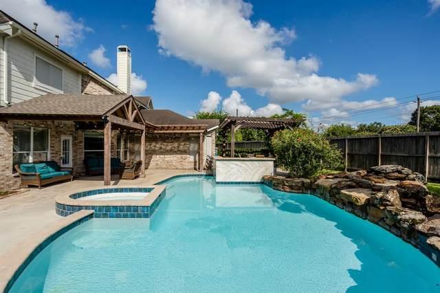 13703 Blue Vista Drive, Sugar Land, TX 77498 (MLS #67195582) :: NewHomePrograms.com