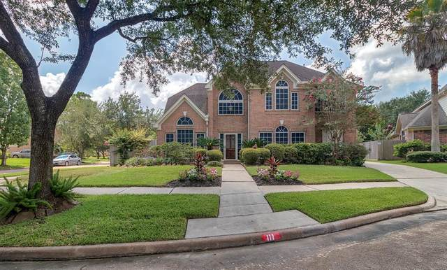 111 Casual Shore Court, League City, TX 77573 (MLS #67207041) :: Rachel Lee Realtor