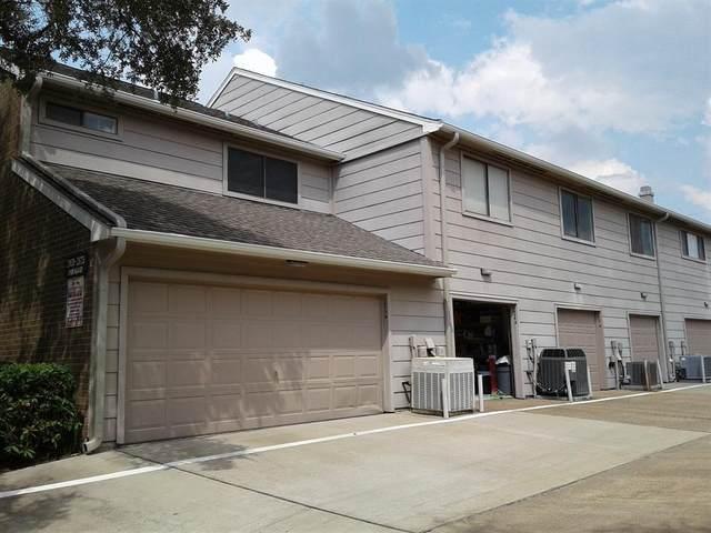 2807 Panagard Drive #38, Houston, TX 77082 (MLS #67231280) :: The Bly Team