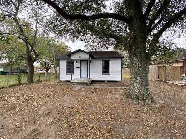 907 N Washington Street, El Campo, TX 77437 (MLS #67262759) :: Guevara Backman