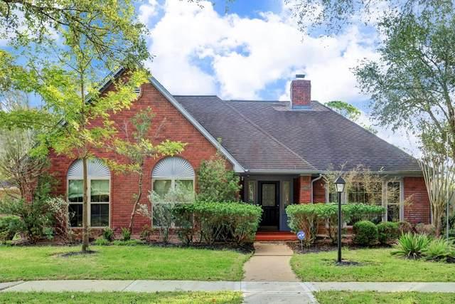 3407 Lakefield, Sugar Land, TX 77479 (MLS #67268325) :: The SOLD by George Team