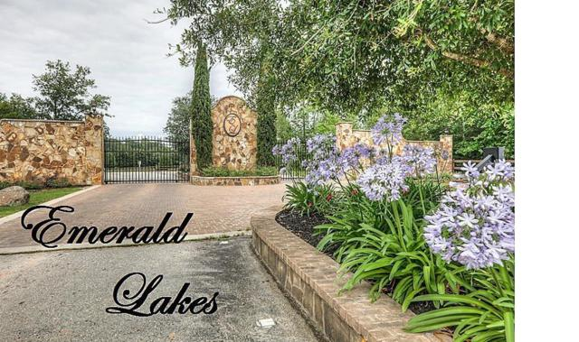 14621 Topaz Cove, Willis, TX 77378 (MLS #67357706) :: The SOLD by George Team