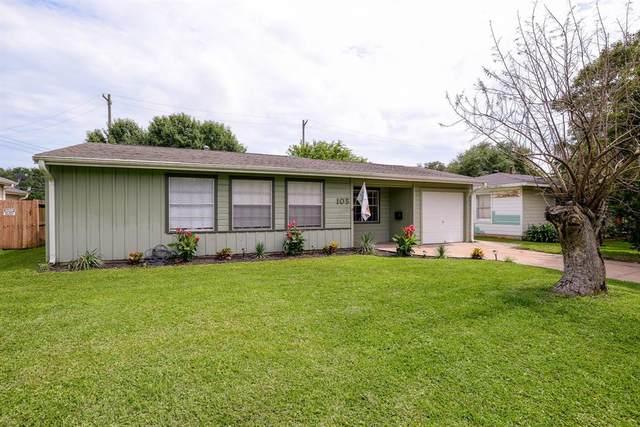 105 Dolphin Avenue, Galveston, TX 77550 (MLS #67435210) :: My BCS Home Real Estate Group