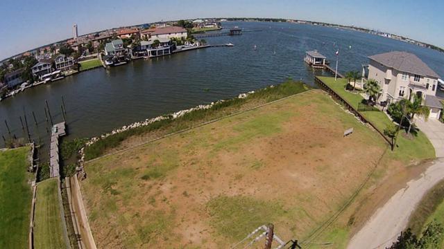 2070 Cove Park, Kemah, TX 77565 (MLS #67458940) :: Giorgi Real Estate Group
